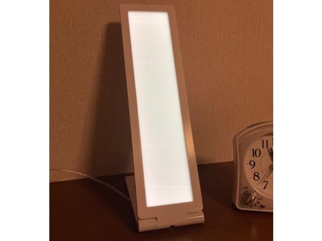 山形大ら,良質な睡眠が得られる有機EL照明を開発