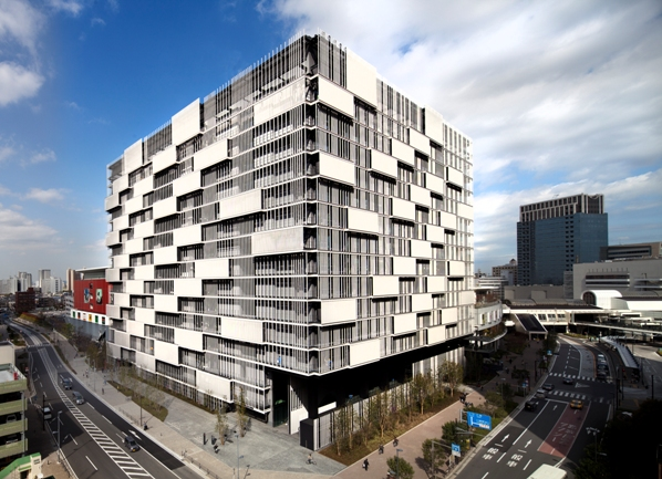 東芝,「スマートコミュニティセンター」ビルが完成