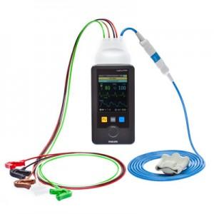フィリップス,携帯サイズを実現した生体情報モニタを発売