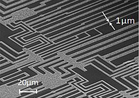 産総研とTASC,リソグラフィを用いて単層CNTと銅の複合材料の微細配線加工に成功