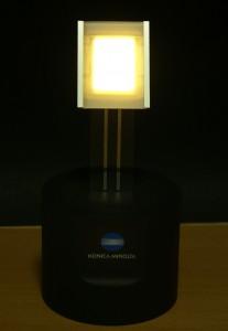 コニカミノルタ,世界最高発光効率となる131 lm/Wの白色有機EL照明パネルを開発