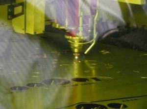日本鍛圧機械工業会,ファイバレーザ加工機の安全規格を策定