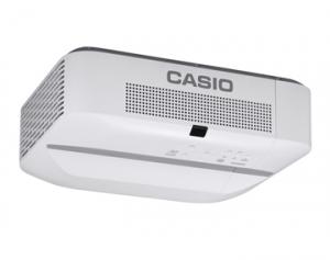 カシオ計算機,レーザ&LEDハイブリッド光源のプロジェクタを発売