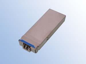 富士通オプティカルコンポーネンツ,IEEE 100GBASE-ER4とITU-T G.959.1の40km伝送規格に対応した100G CFP2 ER4光トランシーバの製品化に成功