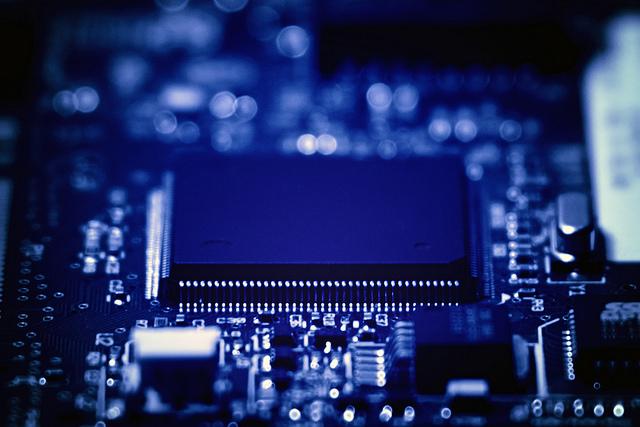 NEDO,SiCパワー素子の応用システム開発を加速する助成事業/委託事業を開始