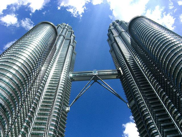 島津製作所,マレーシアに販売会社および分析計測機器の工場を設立