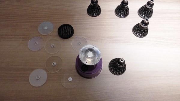 マックスレイ,ウシオライティングや米国SORAA社製LED光源を利用した照明器具の新製品を発表